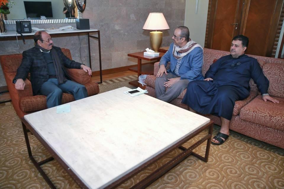 الفريق علي محسن الاحمر يلتقي وزير الزراعة ويناقش معه عدد من القضايا