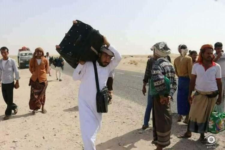 """قوات"""" الحزام الامني"""" ترفض توجيهات رئيس الجمورية وتواصل منع المواطنين من دخول عدن"""