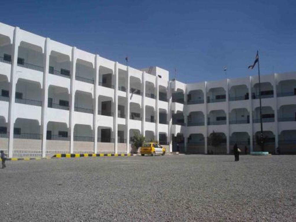 جماعة الحوثي تكثف من حملات تجنيد طلاب المدارس في صنعاء وعدد من المحافظات الخاضعة لسيطرتها