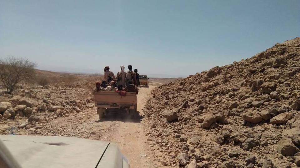 قوات الجيش تطلق عملية عسكرية كبيرة للسيطرة على ما تبقى من مديرية خب والشعف في الجوف