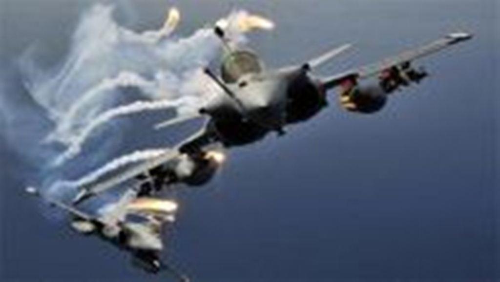 طيران التحالف العربي يشن غارات على تجمعات لمليشيات الحوثي في صرواح
