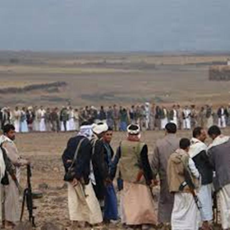 مواجهات عنيفة بين القبائل والحوثيين في مديرية همدان بعد محاولة الأخيرين إقتحام منطقة في المديرية