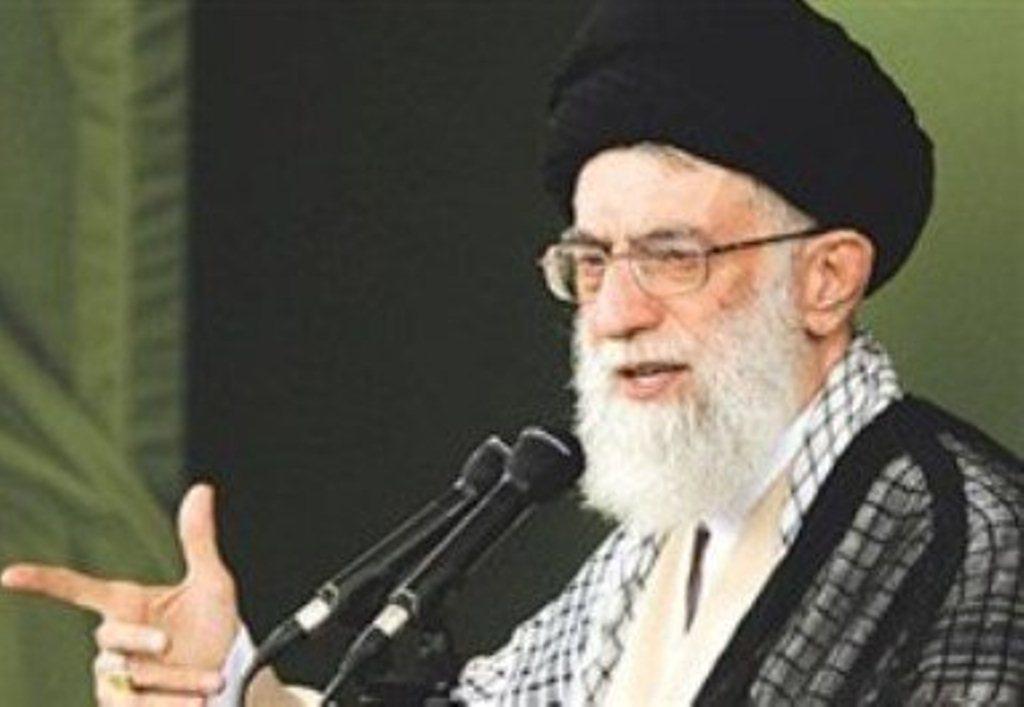 في أول تعليق بعد الإحتجاجات المرشد الإيراني يتهم الأعداء بإثارة المشاكل للدولة الإيرانية