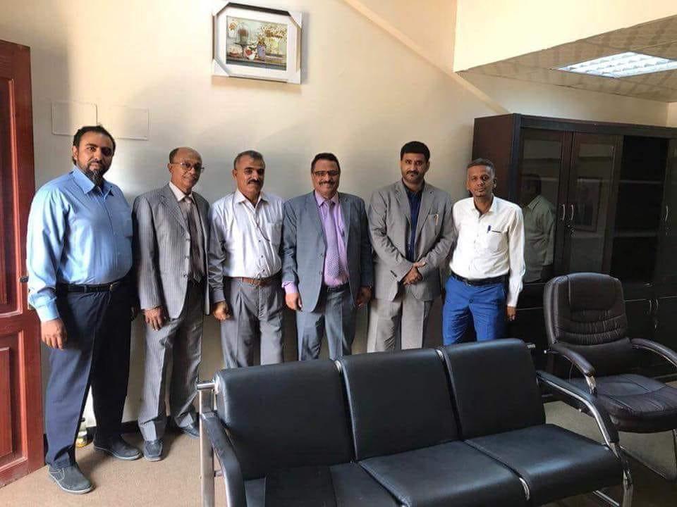 الوزير صالح الجبواني يلتقي مدراء المؤسسات البحرية بعدن