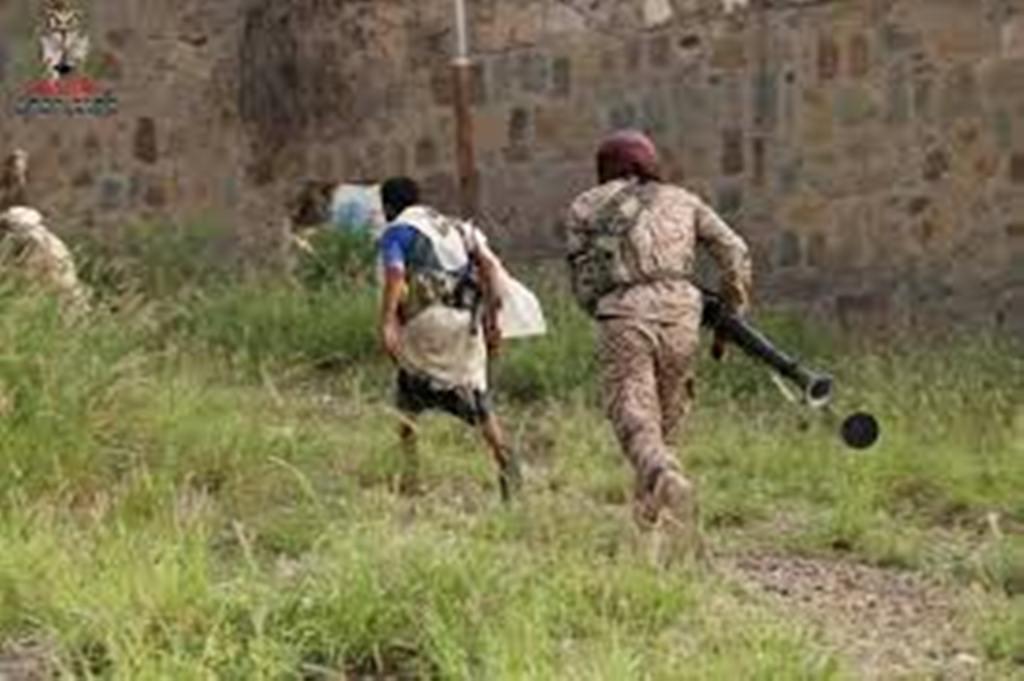 قوات الجيش تتمكن من إحباط هجوم للمليشيات على معسكر التشريفات في تعز