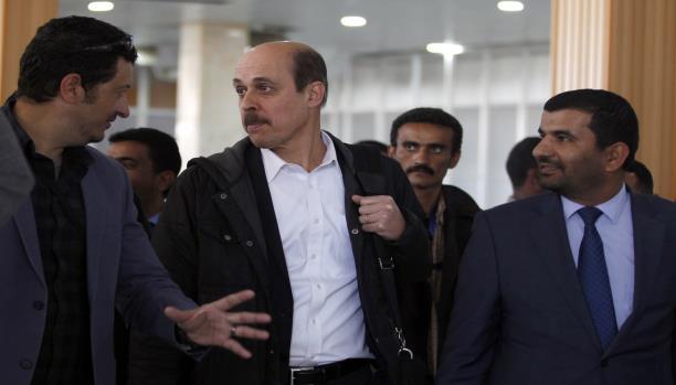 """هام .. معلومات صادمة عن مساعد المبعوث الاممي الى اليمن """"معين شريم"""""""