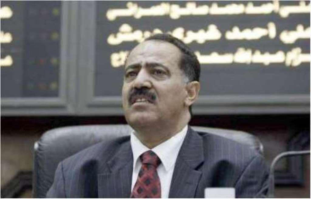 """مليشيا الحوثي تختطف نجلي وحفيد رئيس مجلس النواب """"يحيى الراعي"""" خوفا من هروبه"""