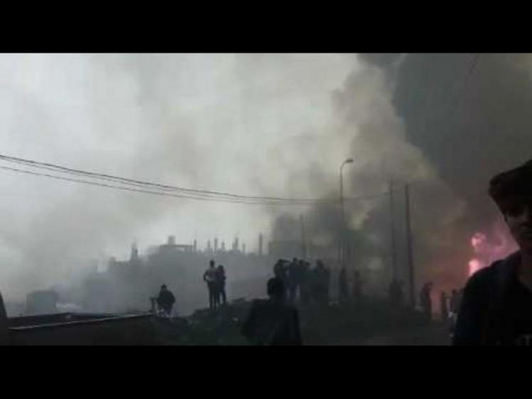 إندلاع حريق هائل في محطة وقود يسفر عن انفجار محطة غاز مجاورة لها في محافظة إب… صورة