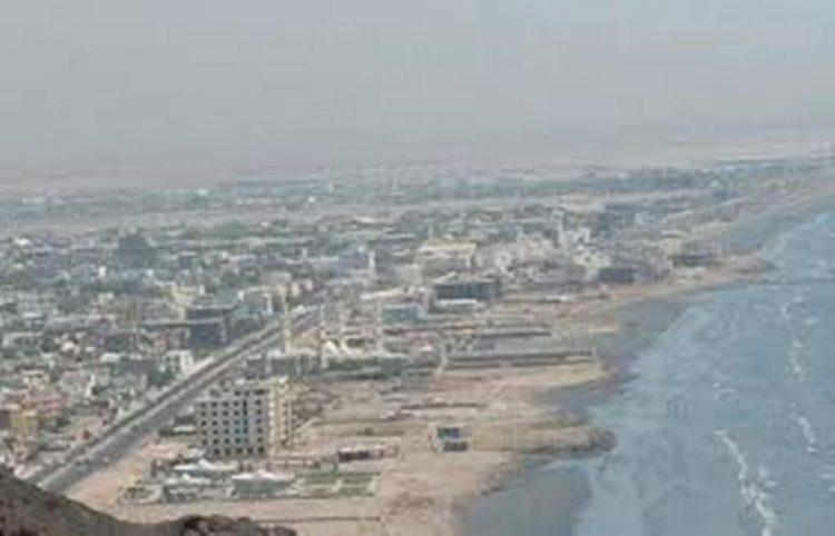 اجتماعا برئاسة وكيل محافظة عدن لقطاع النقل يناقش تنظيم وسلامة النقل في الموانئ