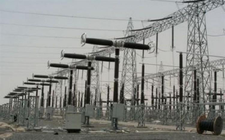 المنظومة الكهربائية في محافظة عدن تخرج عن الخدمة بسبب خلل فني