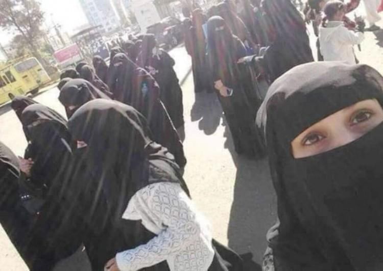 لهذا السبب مليشيا الحوثي إقتحمت مدرسة للبنات في محافظة إب