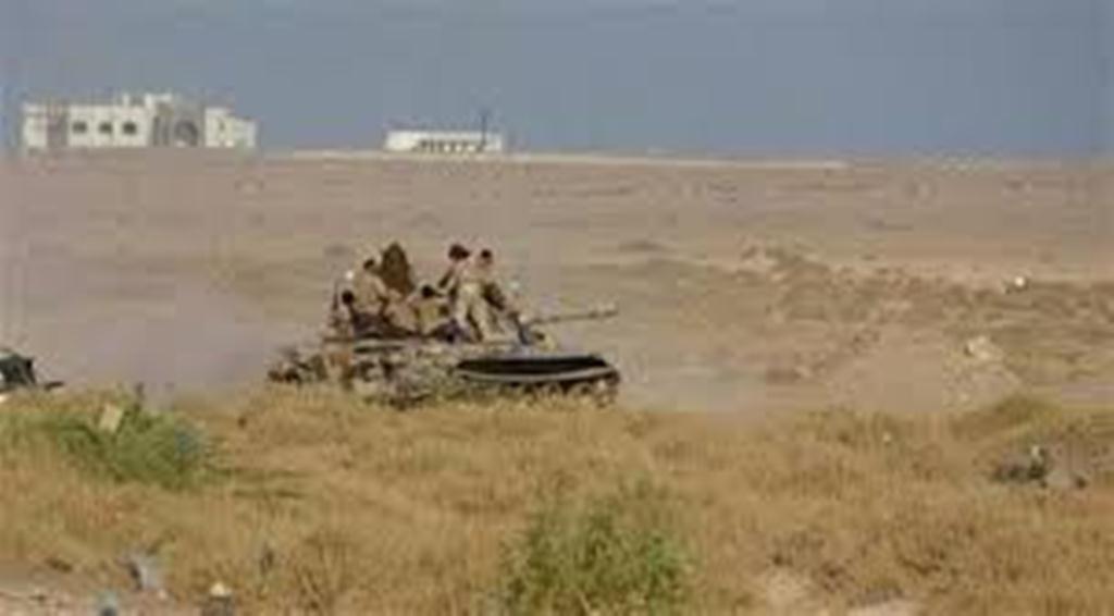 قوات الجيش الوطني تحرر مواقع هامة بالقرب من معسكر خالد غرب تعز