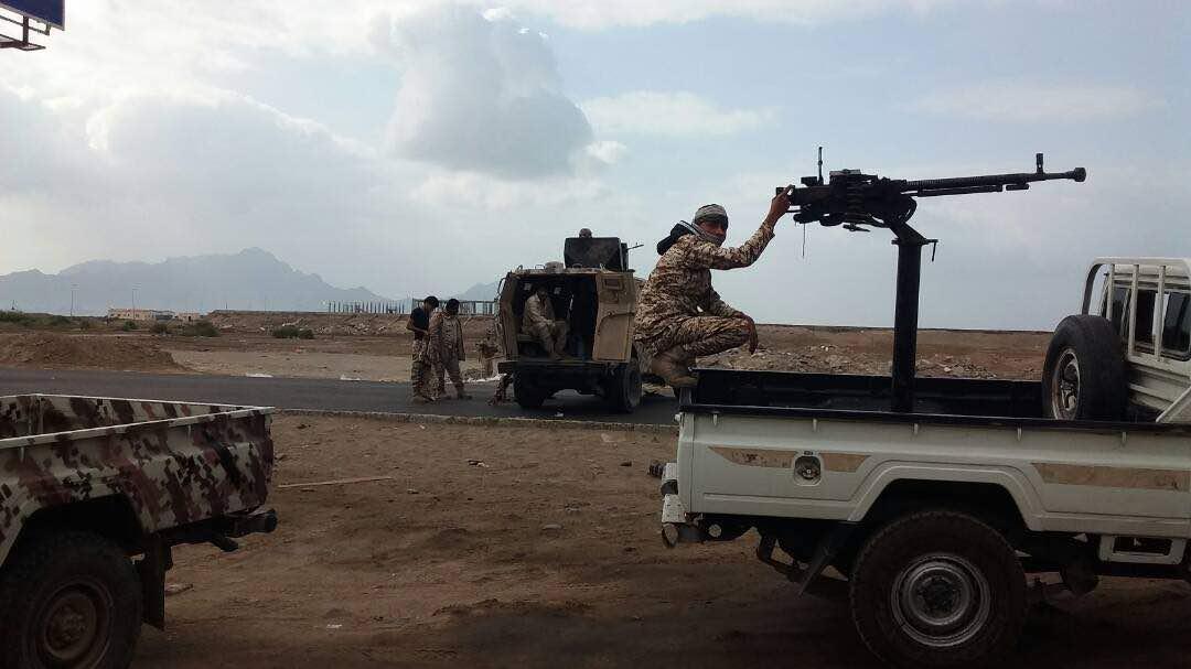 الحزب الإشتراكي اليمني يؤكد تأييده لفخامة الرئيس في احتواء المواجهات وتطبيع الحياة في عدن