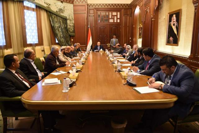 """ورد الان.. الرئيس هادي يرأس اجتماعاً استثنائياً يؤكد فيه التعامل بحزم ضد الانقلابيين في عدن """"تفاصيل"""""""