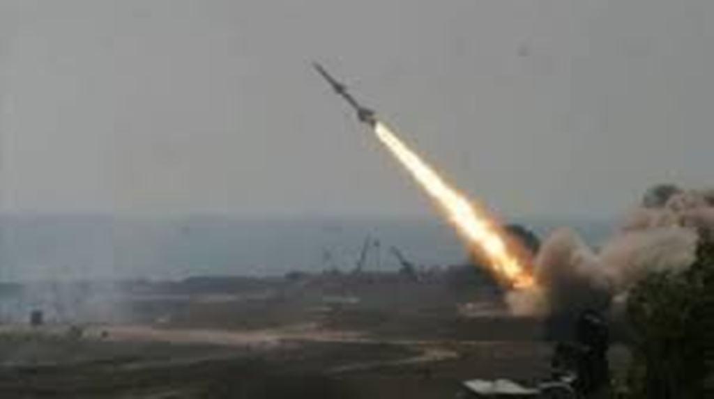 الدفاعات السعودية تعترض 4 صواريخ باليستية وتدمرهم
