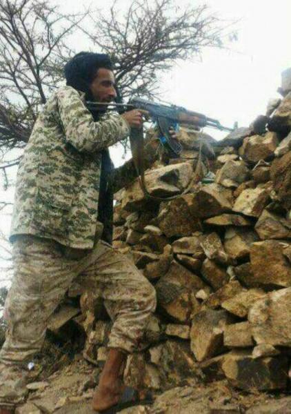 قوات الجيش الوطني في تعز تواصل تقدمها وتسيطر على مواقع جديدة