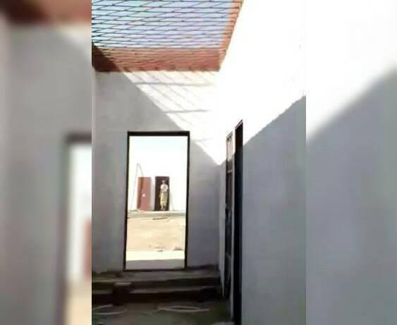الصليب الأحمر يزور 279 محتجزاً في سجون ومعتقلات عدن