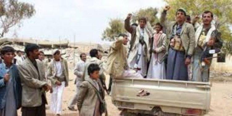 مليشيا الحوثي تقتحم منزل مواطنا في محافظة حجة وتقتاده إلى جهة مجهولة
