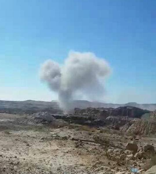 الجيش الوطني يفشل هجوما لمليشيا الحوثي في مديرية رازح بصعدة والطيران يغير على مخزن سلاح