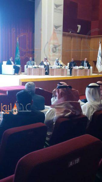 الرياض:السفير السعودي لدى اليمن:علاقات اليمن والسعودية تاريخية ومصيرية والحرب كانت ضرورة وليس اختيار  والإرياني يؤكد: العام 2018 عام الحسم في اليمن