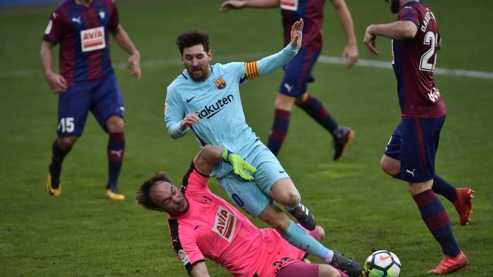 رغم تألق ايبار.. برشلونة يتجاوز الاختبار الصعب قبل مواجهة تشيلسي