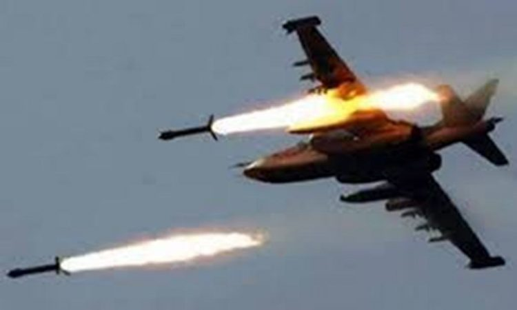طيران التحالف العربي يشن غارات على مواقع مليشيا الحوثي في رازح بصعدة