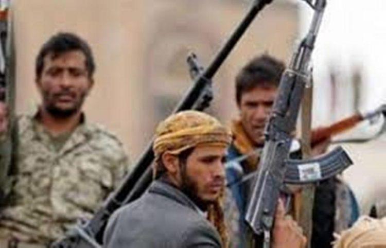 مليشيا الحوثي تزج بالمدنيين في مديريتي الجراحي وجبل رأس في سجون سرية