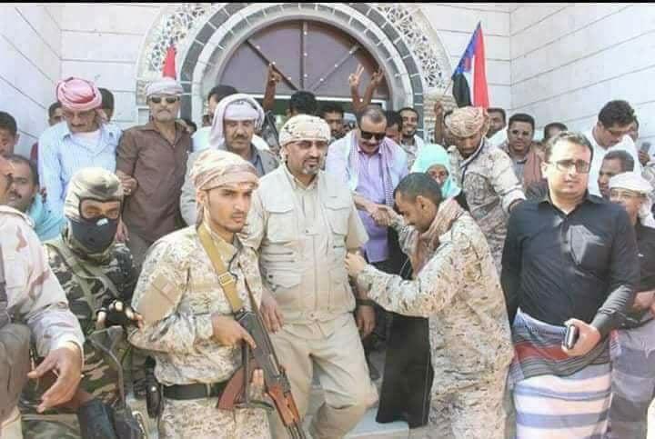 صحفي ألماني يشن هجوما على الامارات ويتهمها بتاسيس الامارة الثامنة في اليمن .. تفصيل