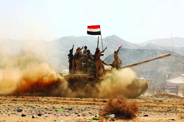 مدفعية الجيش الوطني والتحالف تشن قصفا عنيفا على مواقع مليشيا الحوثي في جبهة نهم