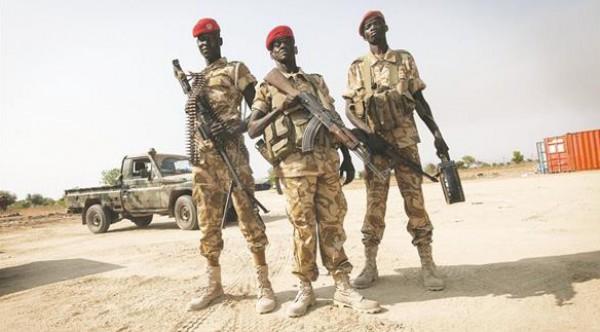 """التحالف العربي يدفع بقوات """"سودانية"""" لتعزيز جبهة الحديدة"""