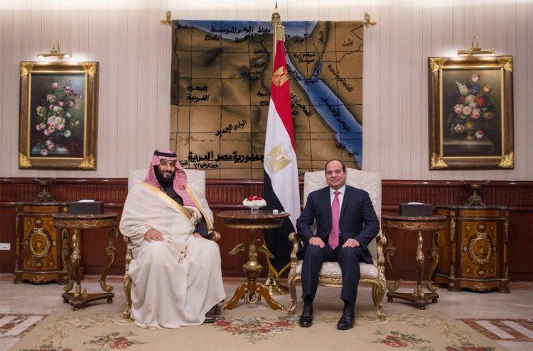 بالصور.. الرئيس المصري يستقبل ولي العهد السعودي الامير محمد بن سلمان