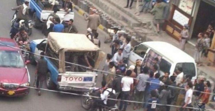 مليشيا الحوثي تقوم بالاعتداء على المواطنين المطالبين بالغاز المنزلي في محافظة صنعاء