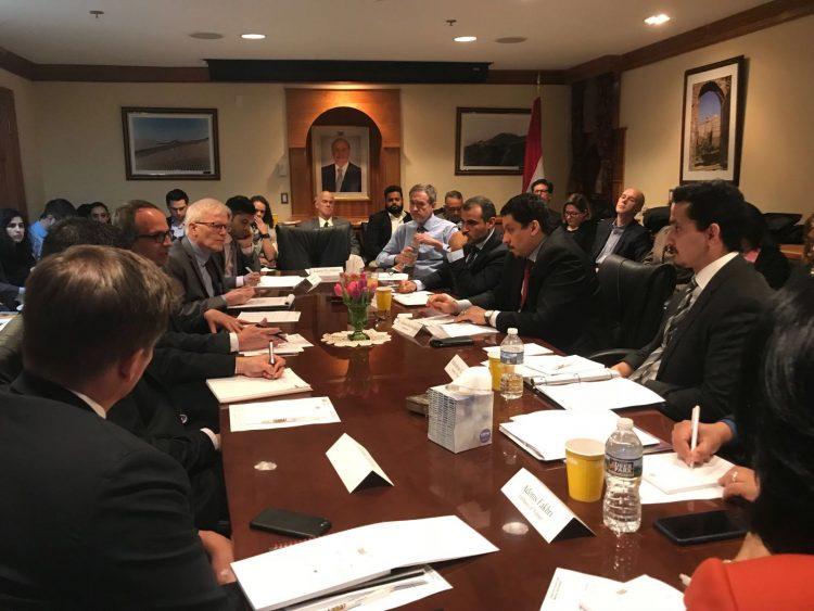 السفير اليمني بأمريكا يؤكد حرص الحكومة على تقديم كافة التسهيلات اللازمة للمنظمات الدولية
