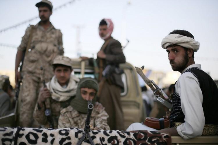 جماعة الحوثي في صنعاء تواصل مسرحية محاكمة 36 مختطفا بتهم باطلة دون إحضار شهود
