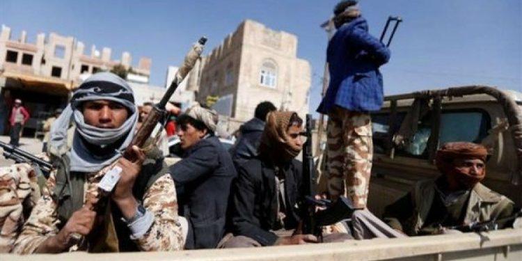 مليشيا الحوثي تهدم الآبار وتقوم بتفخيخ مضخات المياه في محافظة البيضاء