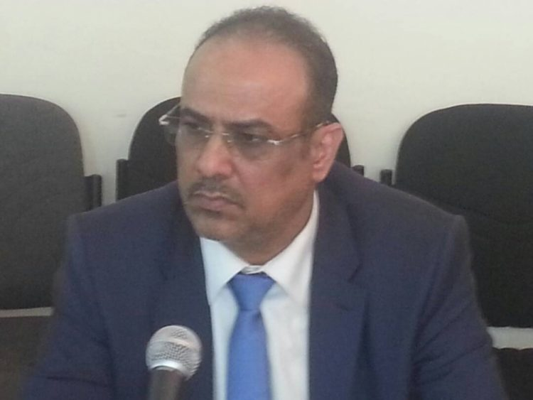 الميسري يوجه بالحفاظ على مؤسسات الدولة ويحذر من حدوث أي اعمال تخريبية في عدن