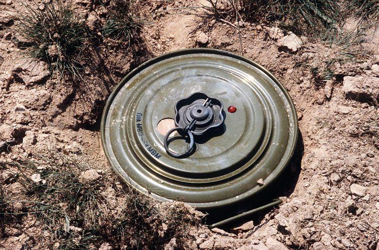 الحديدة.. لغم حوثي يقتل اربعة اشخاص بينهم طفلين