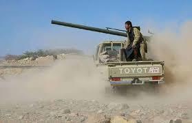 مدفعية الجيش الوطني تدك مواقع مليشيا الحوثي في مديرية نهم شرقي صنعاء