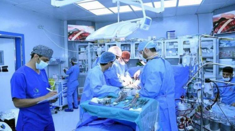 منظمة البلسم تجري 12 عملية قلب مفتوح في اليمن
