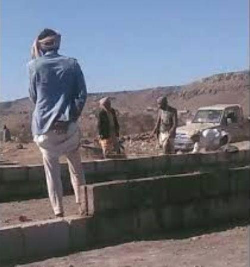 قيادات في مليشيا الحوثي تشتري أحد الاودية في صنعاء في ضل معاناة الناس