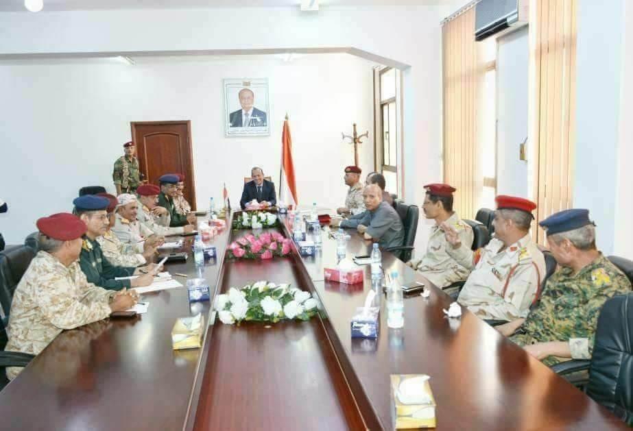 اللجنة الأمنية في تعز تقر آلية تسليم المقار والمؤسسات الحكومية الواقعة شرقي المدينة