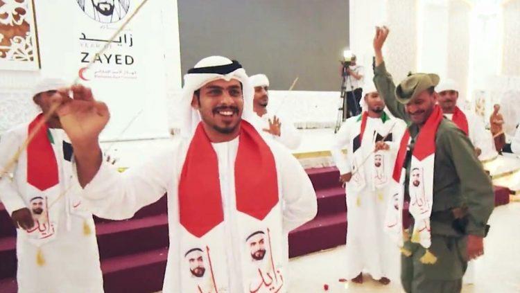 شلال شايع يرقص .. وناشطون يسخرون منه ويطالبونه باحترام هيبة المؤسسة الأمنية