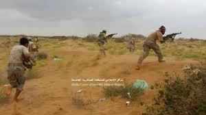 قوات الجيش الوطني تتقدم إلى مواقع مليشيا الحوثي خارج مدينة ميدي وتسيطر على مواقع عدة