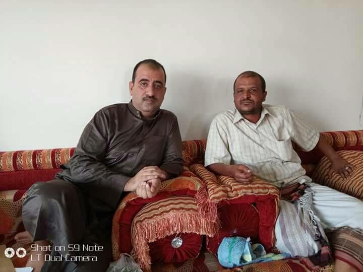 بالاسم والصورة.. انشقاق قائد عسكري عن الحوثيين ووصوله إلى مأرب برفقة مسؤولين