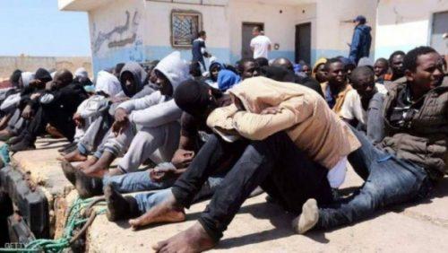الانقلابيون يحتجزون أكثر من 120 أفريقياً لتجنيدهم في جبهات غرب تعز