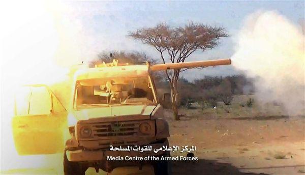 الجوف.. قصف مدفعي لقوات الجيش الوطني يسفر عن مصرع قيادي حوثي ومرافقيه