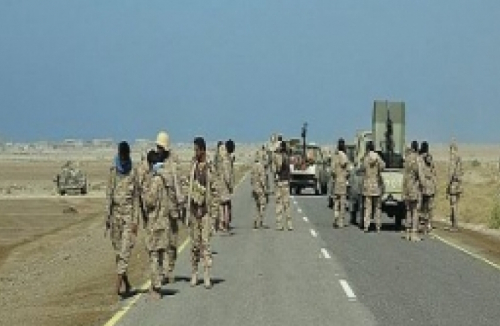 قيادات أمنية حوثية تفر من الحديدة مع اقتراب بالجيش الوطني