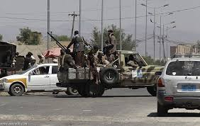 قتلى وجرحى في اشتباكات مسلحة بين قيادات حوثية في مديرية القفر بمحافظة إب