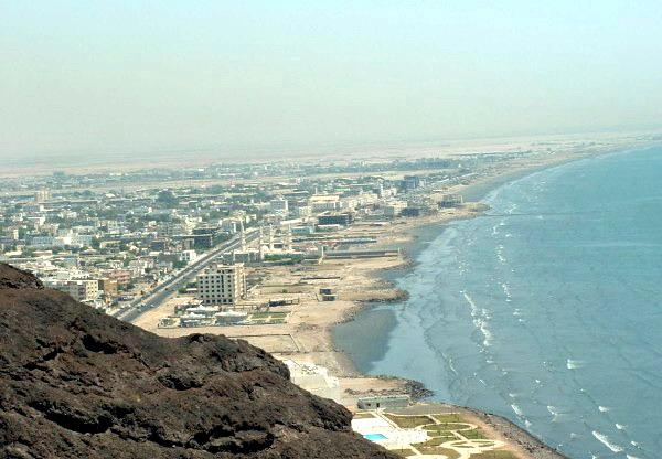 عدن: مليشيا الحزام الامني تعتقل خطيب مسجد الخليل