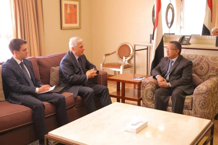 هذا ما جرى اليوم في لقاء بن دغر مع السفير الروسي لدى اليمن